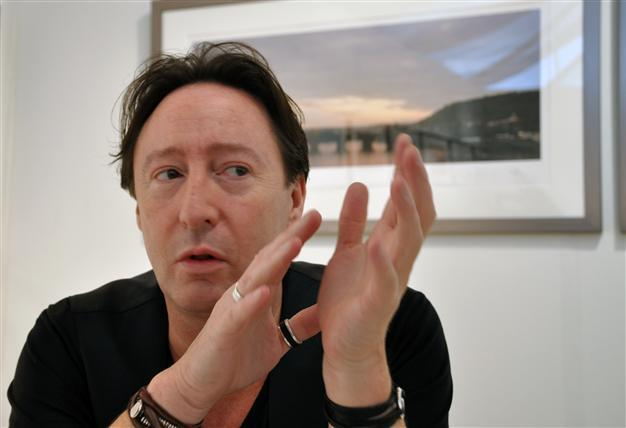 Julian Lennon Launches Photo Exhibit In Miami
