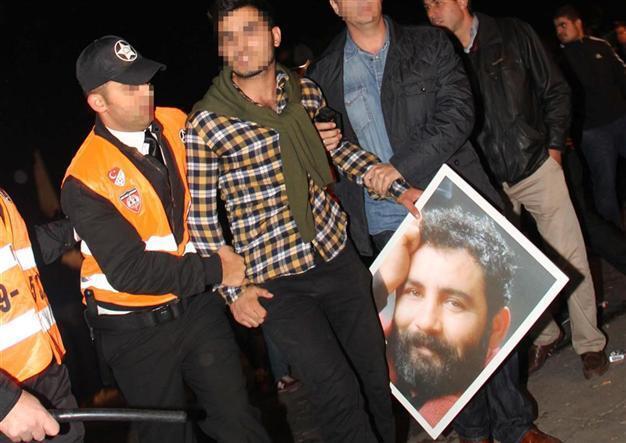 11 detained in 'Ahmet Kaya protest' against pop singer