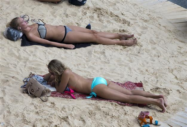 Remarkable, very women nude sun bathing can