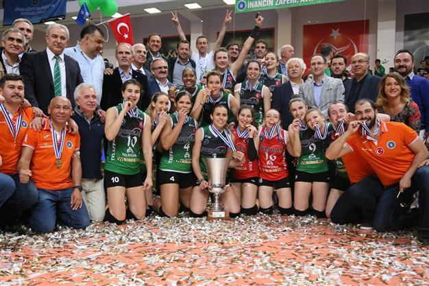 Bursa's women claim the Challenge Cup