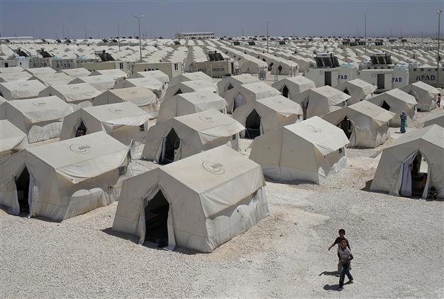 Image result for picture of refugee camp in turkey