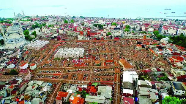 Istanbul's 560-year old Grand Bazaar holds first ever board