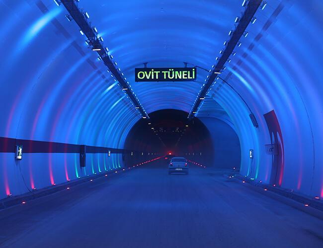 Начал свою работу самый длинный автомобильный туннель Турции