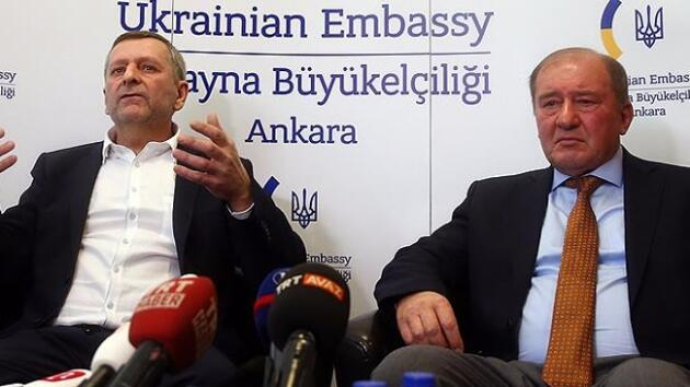 Turkey 'extradites two Russian spies in exchange for two Crimean Tatar politicians'