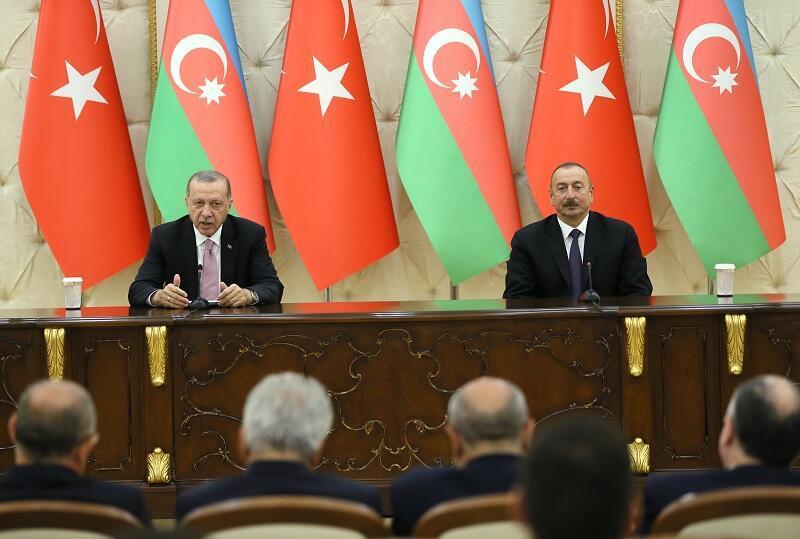 Erdoğan pays first foreign visit to Azerbaijan