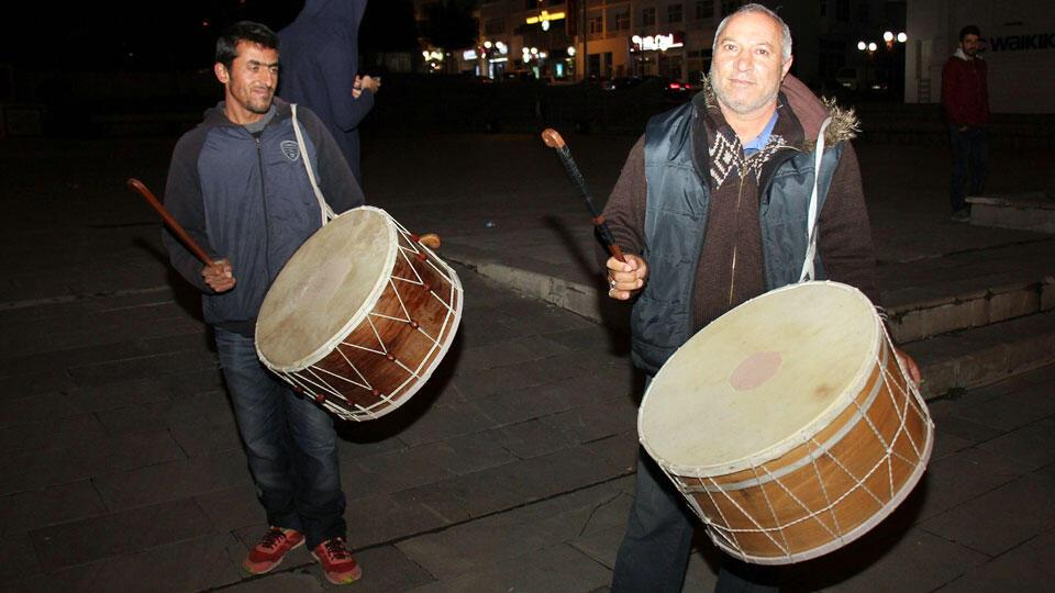Turkey's top court rejects complaint over midnight drummers during Ramadan