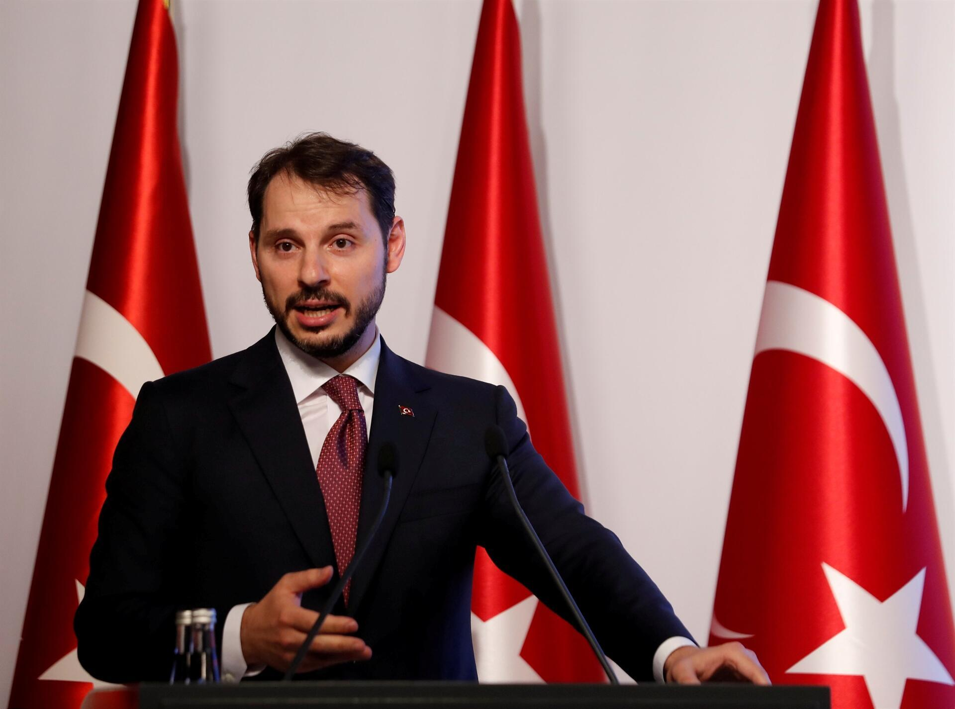 Turkish Finance Minister Rules Out Capital Controls as Policy Option
