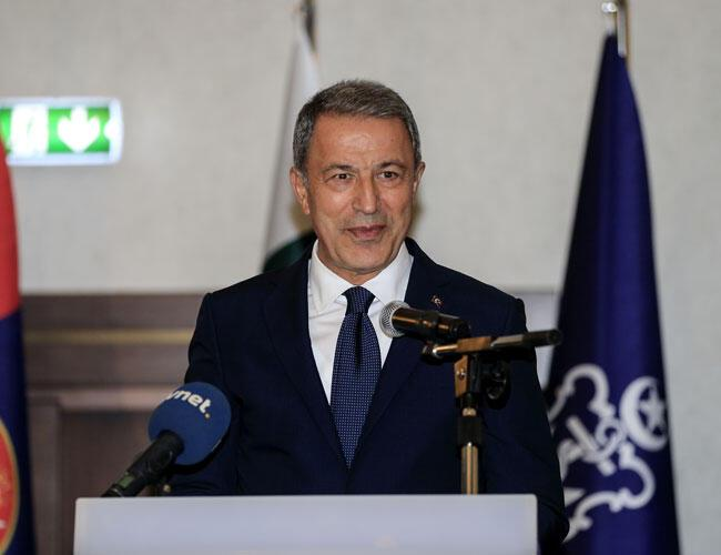 Defense Minister Akar welcomes release of Turkish soldiers