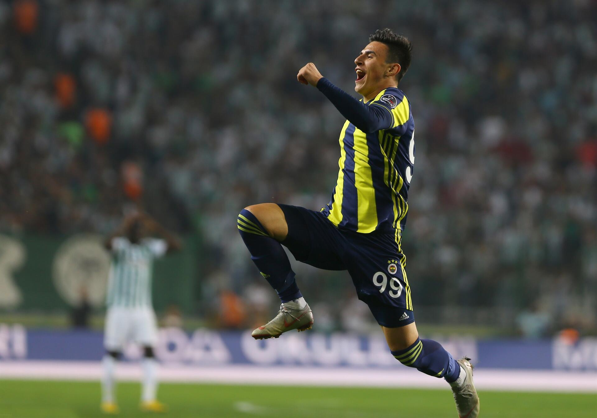 8b9111f6 Istanbul powerhouses win in Turkish Super Lig - Turkish News