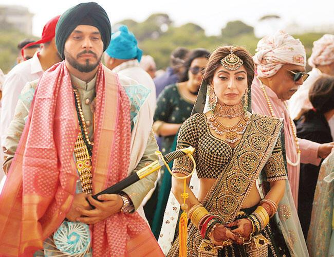 indian couples drawn to turkish resort antalya to tie knot