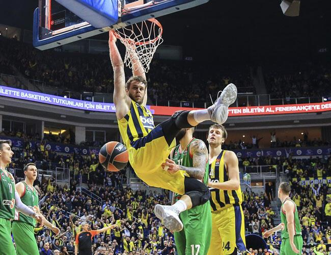 25153c09f EuroLeague leader Fenerbahçe keep winning run