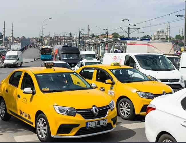 Turkey's taxi drivers protest Careem after Uber acquisition