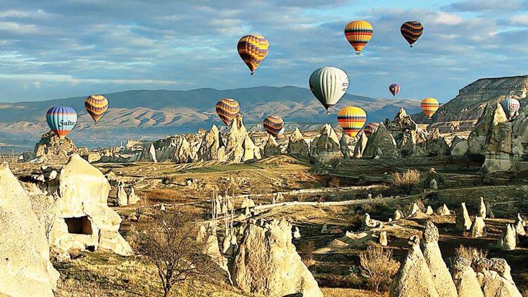 Hasil gambar untuk cappadocia air balloon