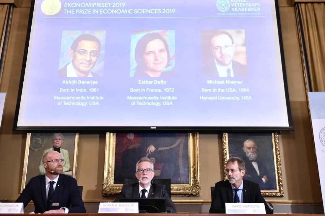 """Résultat de recherche d'images pour """"nobel prize, economy, 2019"""""""