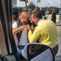 taxi-drivers-beat-uber-driver-in-istanbul-amid-quarrel-over-'tourist-scam'