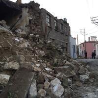 5.0-magnitude earthquake strikes Turkey's west