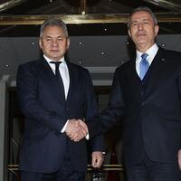 Turkish and Russian defense ministers discuss Idlib