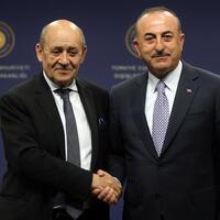 Turkey warns France over 'ties with YPG' in Syria