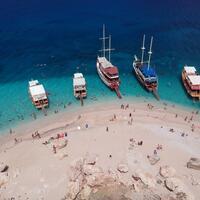Danger of pollution on Antalya s white island