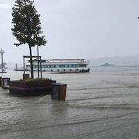 Heavy rain hits Istanbul, kills one