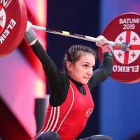 Turkish weightlifter becomes world champion - Turkish News