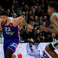 Anadolu Efes beat ASVEL to top EuroLeague