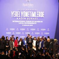 Erdoğan urges women to participate in politics