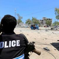 Suicide bombing kills three, wounds over 20 in Somalia