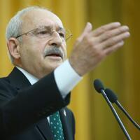 Main opposition leader slams gov't over economy, says citizens are 'starving'