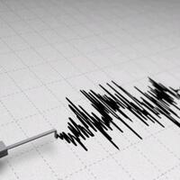 5.7-magnitude earthquake in Iran strikes Turkey, kills eight