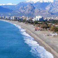 World-famous Antalya beach to reopen with unprecedented measures