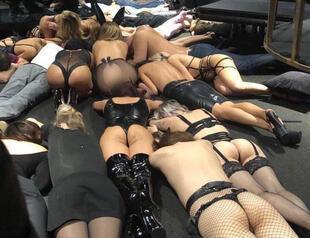Sexy naked blonde girls mirror pics galleries 508