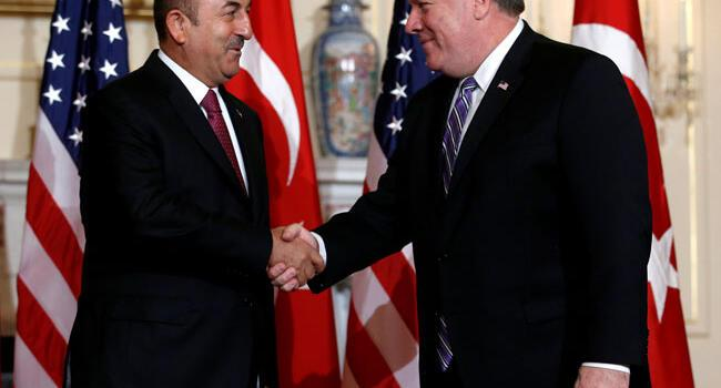 Turkish FM Çavuşoğlu speaks with US counterpart Pompeo on Manbij roadmap
