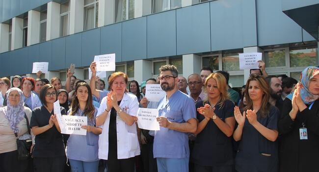 Inspired by Turkish TV series, relatives assault doctors, force them to defibrilate dead patient