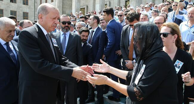 Turkey to not give credit to threats, Erdoğan tells US over Brunson crisis
