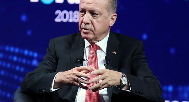Turkish president suggests referendum on Turkey's EU bid