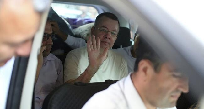 Turkish court releases US pastor Brunson after eventful hearing