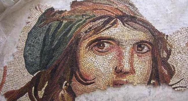 US university to send 'Gypsy Girl' mosaic pieces to Turkey on Nov. 26: Minister