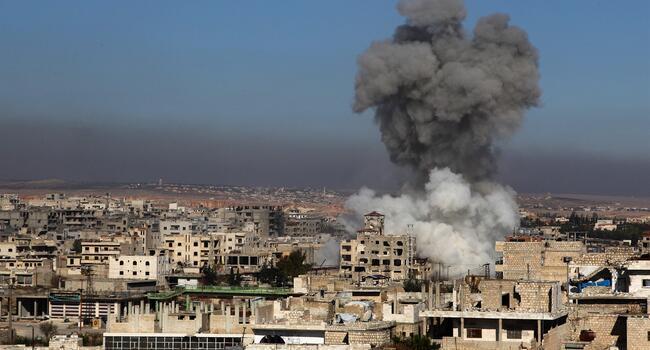 12,000 people flee Idlib amid regime, Russian attacks