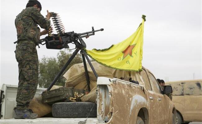 Syria Kurds oust jihadists from Turkey border area