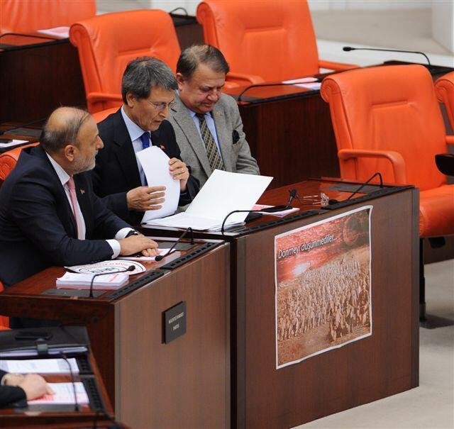 Çanakkale Zaferi töreninde İzmir Valisi'ne 'Atatürk' tepkisi