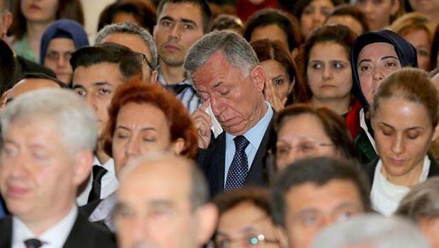 Savcı Kiraz için on binler ağladı