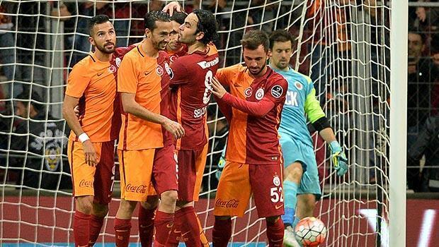 Galatasaray'ın göğüs sponsoru 'Dumankaya' oldu