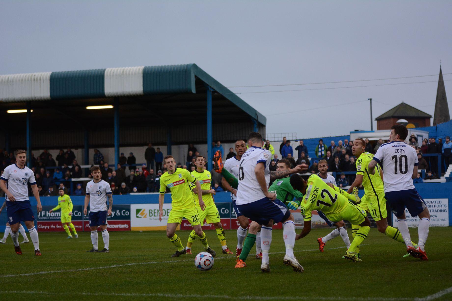 3-1 önde olan takım son dakikada 3 gol yedi