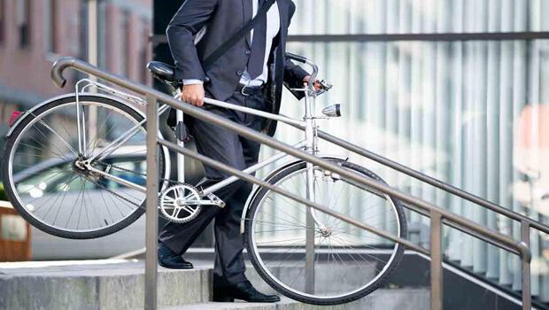 Belediye işe bisikletle gidene para ödeyecek