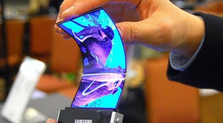 Samsung katlanan ekranlı telefonlarla geliyor