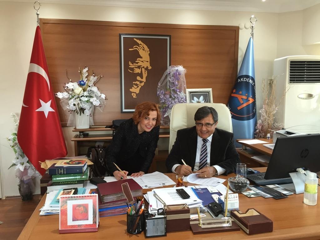 Üstün Zekalı Çocuklar Akdeniz Üniversitesi'nde Derslere Girecek 44
