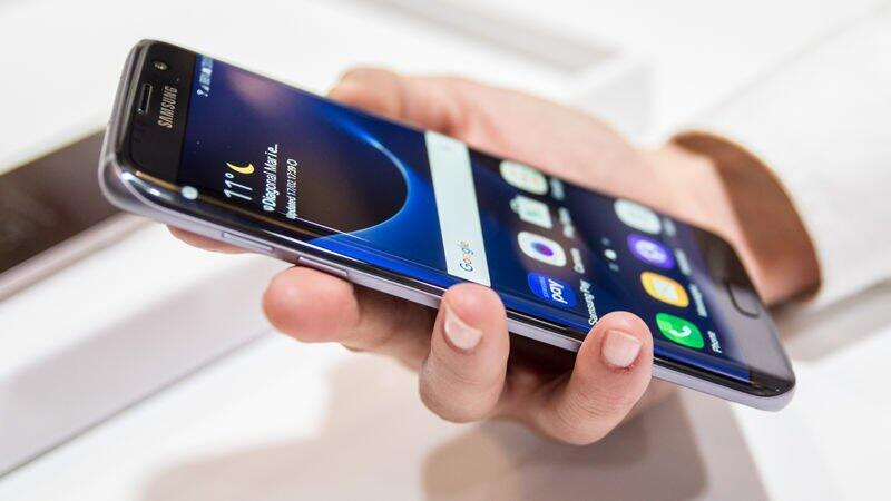 Samsung telefonların fiyatları düşüyor!