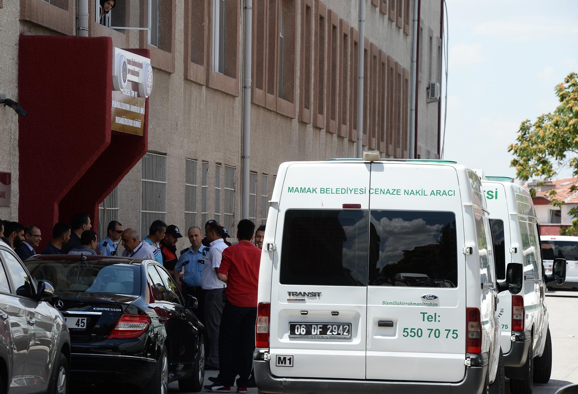 Ankara Haberleri: Kütüphane istasyonu yazı tahtasına döndü 36