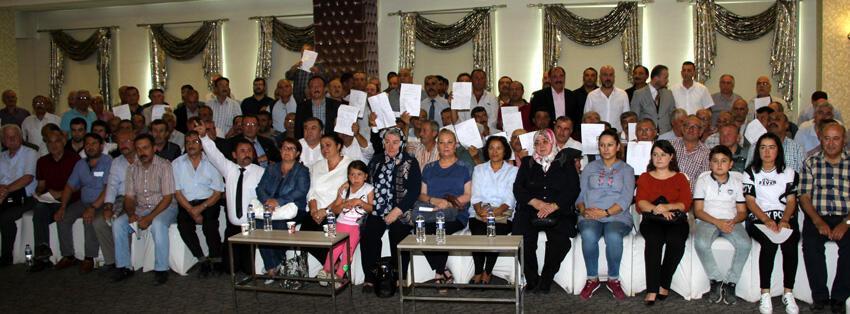 Afyonkarahisar da MHP den 300 istifa
